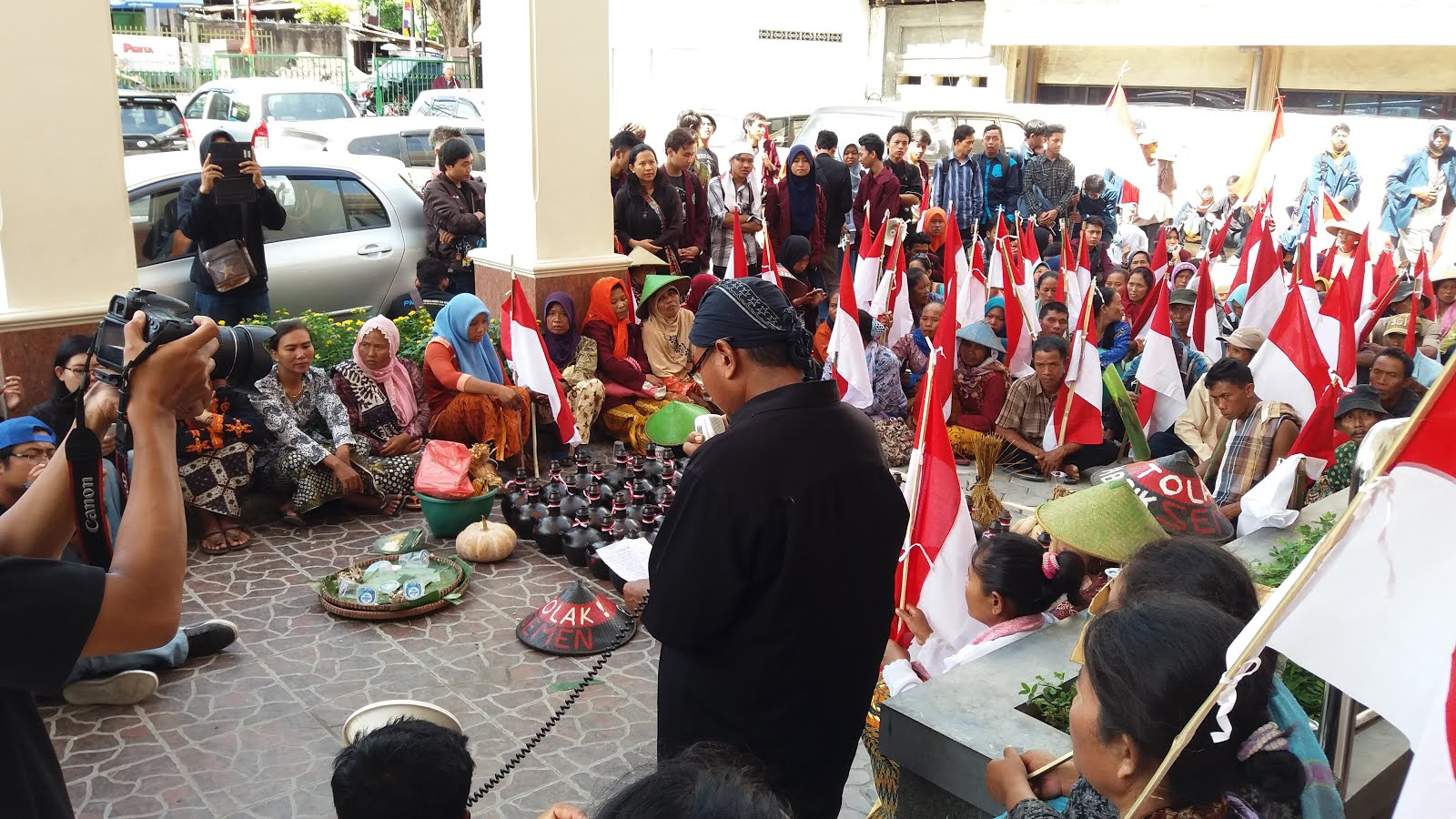 Masyarakat Rembang Ajukan PK Ke PTUN Semarang