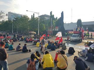 Tolak Omnibus Law,  Geram Gelar Aksi Massa dan Sidang Rakyat di Depan Gubernuran Jawa Tengah